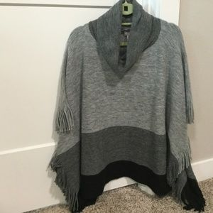 NWOT Chicos Charcoal Grey Color Block Sweater